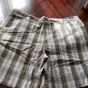 Cute bermuda shorts